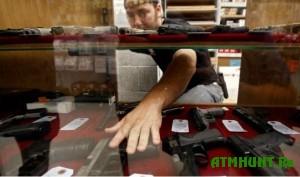 V SShA hotjat zapretit' na prodazhu shturmovogo oruzhija