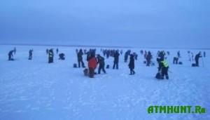 V Belgorodskoj oblasti rabotniki organizacii Kvadra vybrali luchshego rybolova i igroka v bouling