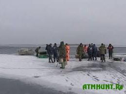 19 rybakov okazalis' na otorvavshejsja l'dine v Cherkasskoj oblasti