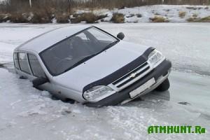 Na Kaliningradskom zalive ushli pod led dva transportnyh sredstva