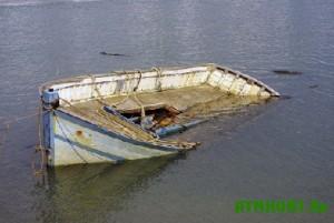 Rybakov, propavshih v Kahovskom vodohranilishhe, prodolzhajut iskat'