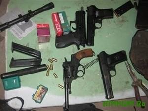Oruzhejnaja kollekcija luganskogo ohotnika potjanet na 7 let lishenija svobody