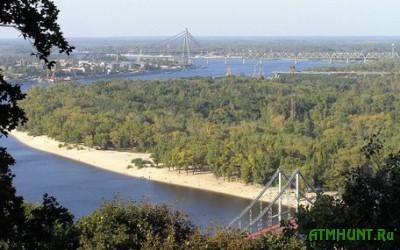 Na Zhukovom ostrove v Kieve sdelajut podmostki dlja rybakov i platnyj vhod